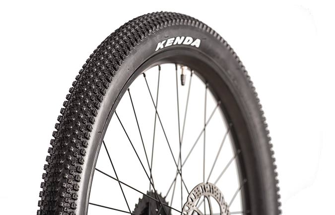 "KENDA SMALL BLOCK 8 TYRE 20"" x 2.10"""