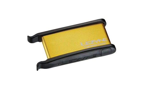 LEZYNE TIRE REPAIR KIT - ALU CASE, 2 TIRE LEVERS, 9 PATCHES GOLD