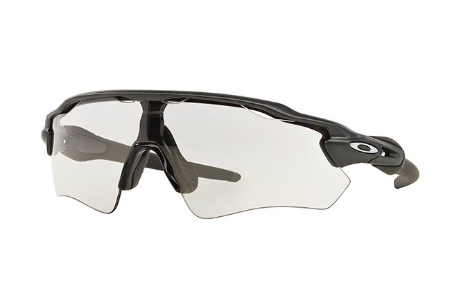 SUNGLASSES OAKLEY RADAR EV PATH STEEL/CLEAR TO BLACK