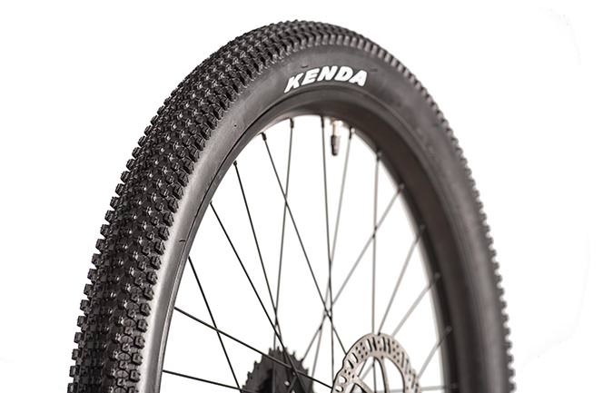 "KENDA SMALL BLOCK 8 TYRE 24"" x 2.10"""