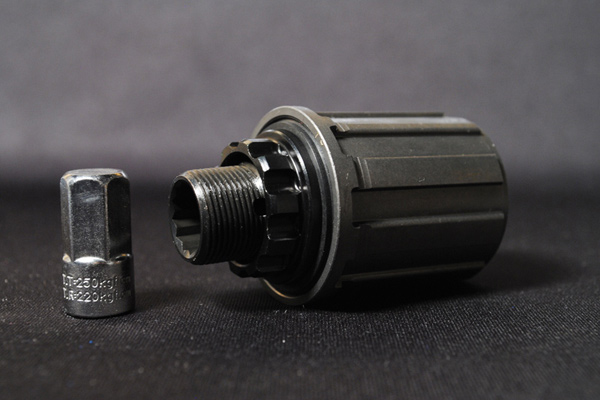 FREEHUB BODY FOR SKIN / SUPERNORMAL / SUPERNORMAL 29 2012