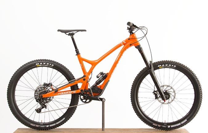 SUPREME SX 650B ORANGE 2018 (M)